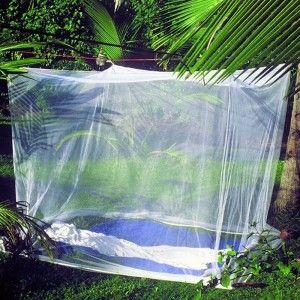 Muggennet voor bed tot 150 cm lengte